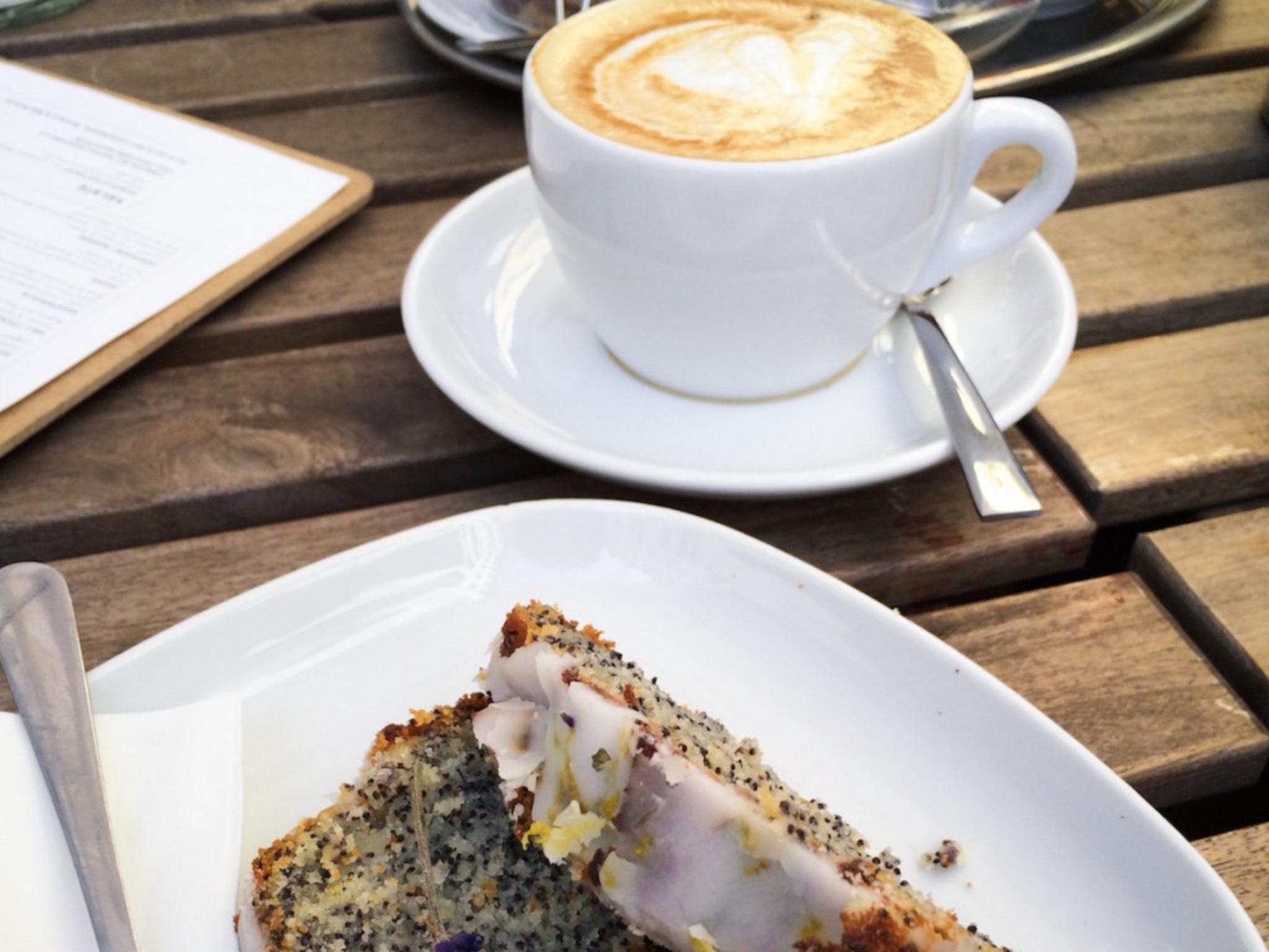 Kaffee und Kuchen. Symbolfoto: Meliz Kaya