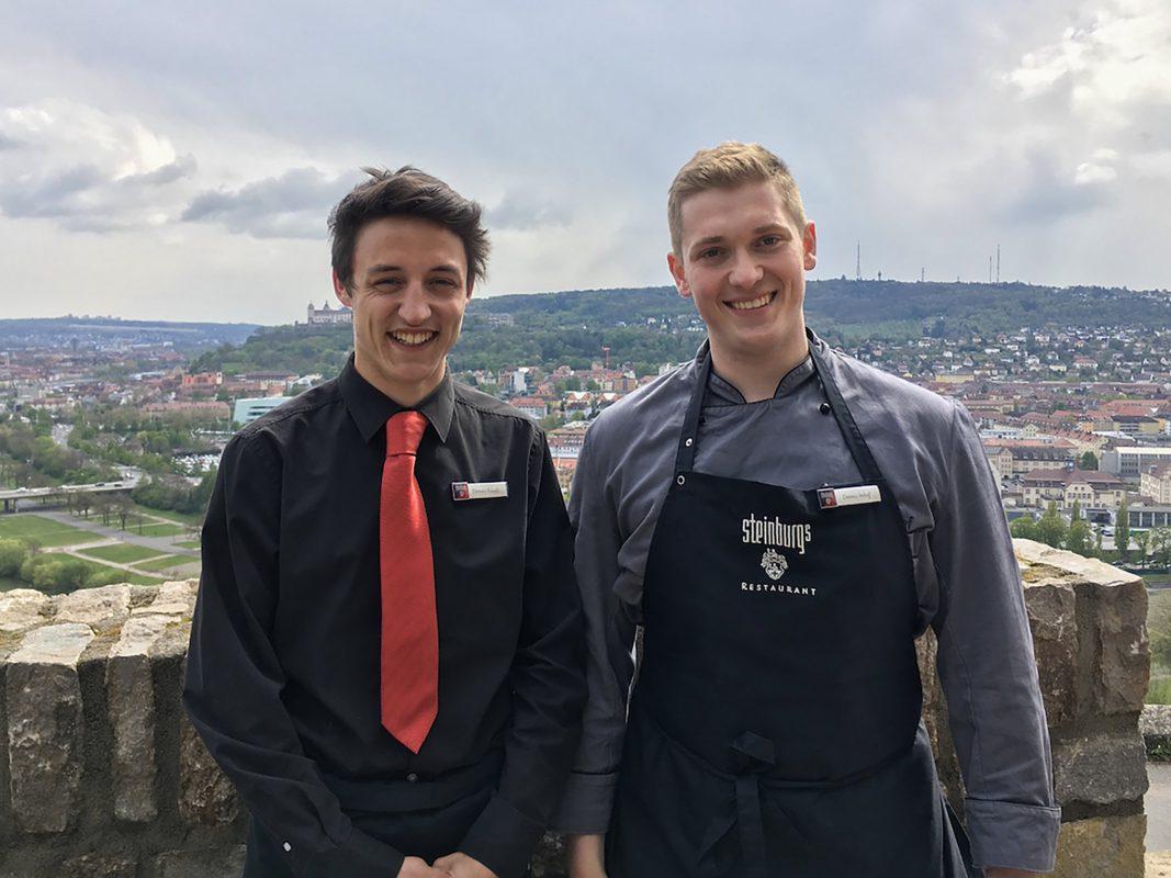 Donato & Dennis machen eine Ausbildung im Schlosshotel Steinburg. Foto: Meliz Kaya