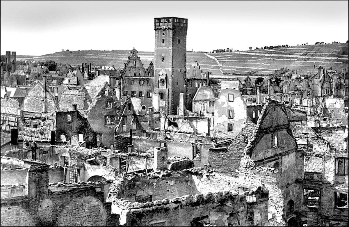 Die Würzburger Innenstadt nach dem 16. März 1945. Foto: Archiv Willi Dürrnagel