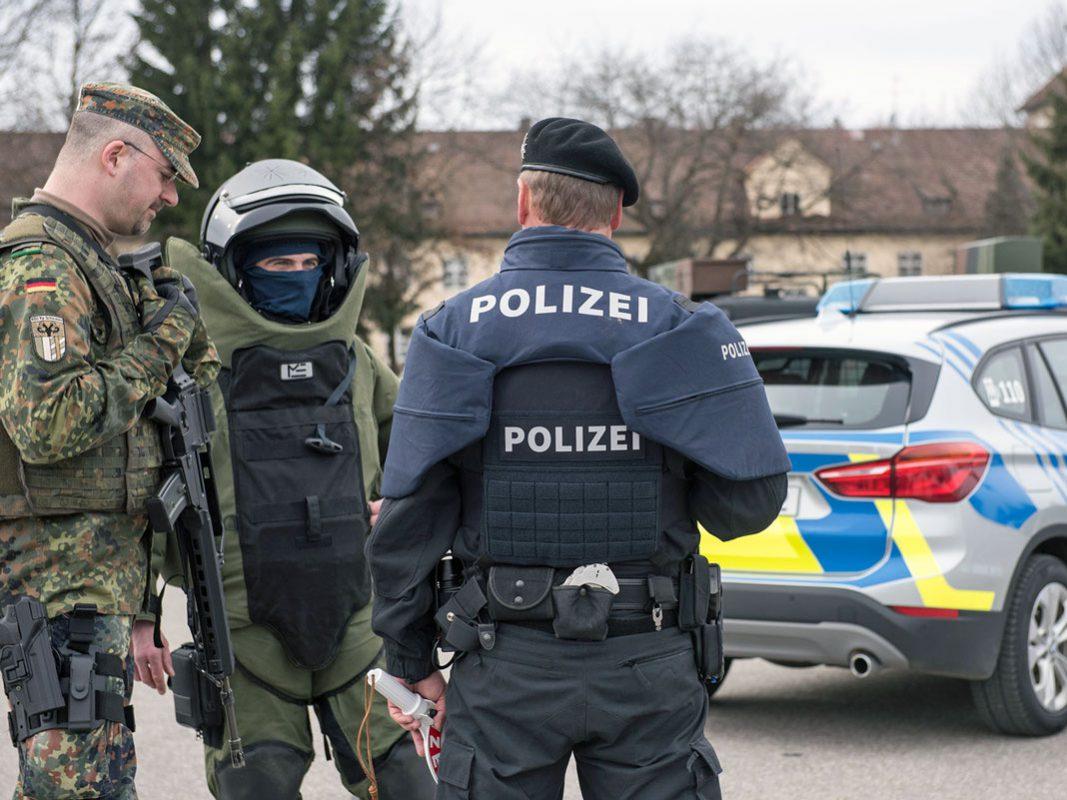 Gemeinsame Stabsrahmenübung von Polizei und Bundeswehr. Foto: Polizei Bayern