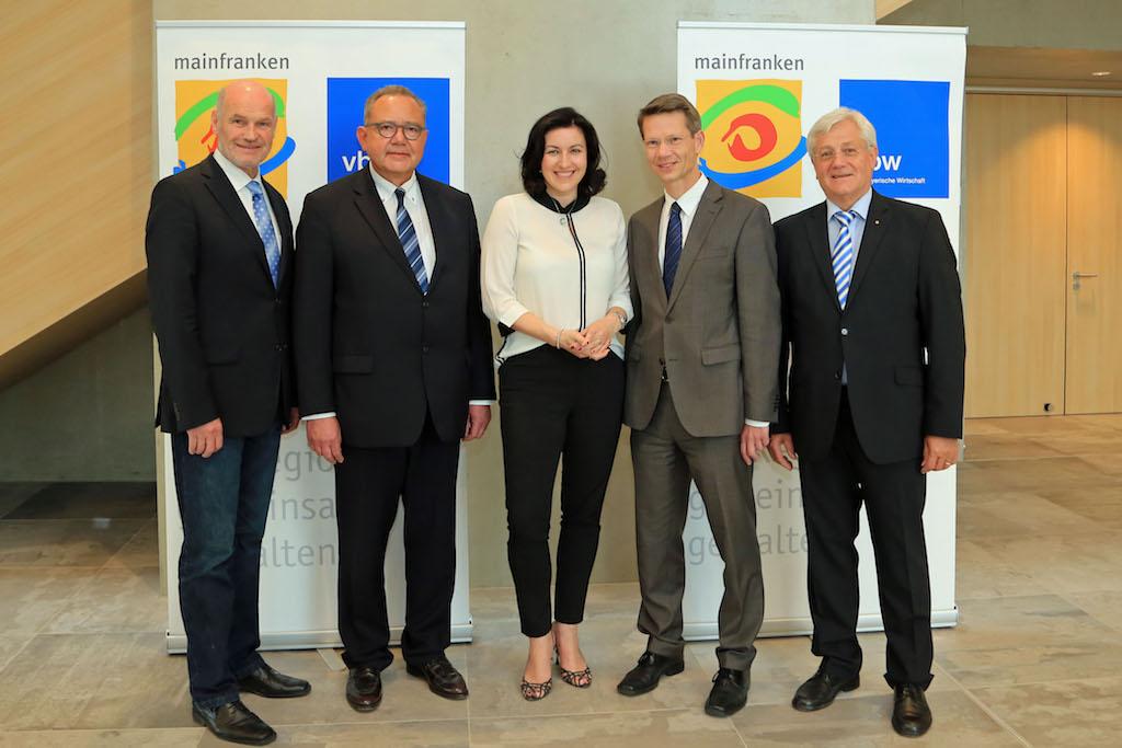 Staatssekretärin Dorothee Bär zu Gast beim 14. Wirtschaftsforum Mainfranken 2017. Foto: Rudi Merkl