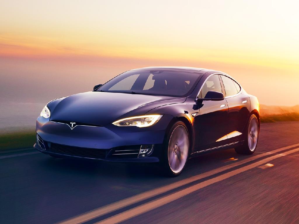 Teslas Model S ist eins der Ausstellungsfahrzeuge auf der Green Fair. Foto: Tesla Inc.