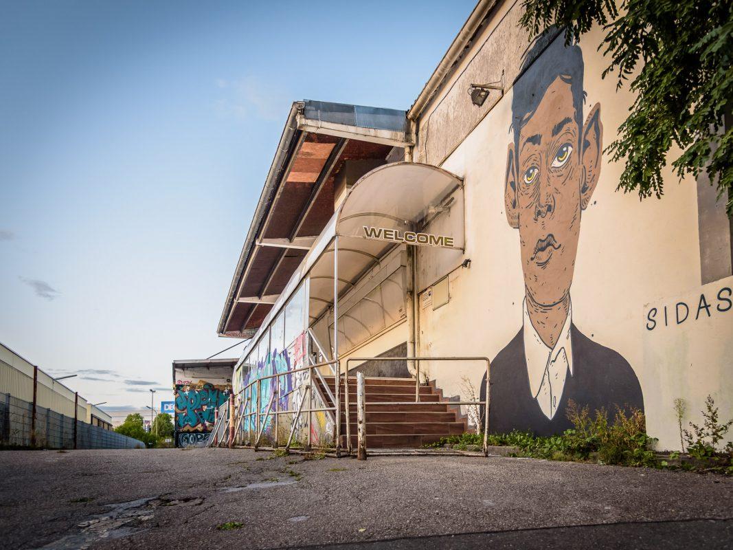 Das Airport in der Gattingerstraße. Foto: Pascal Höfig