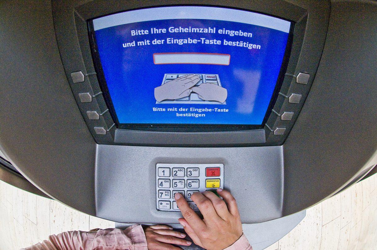 Skimming, Ausspähen, EC, Kredit, Bank, Sparkasse
