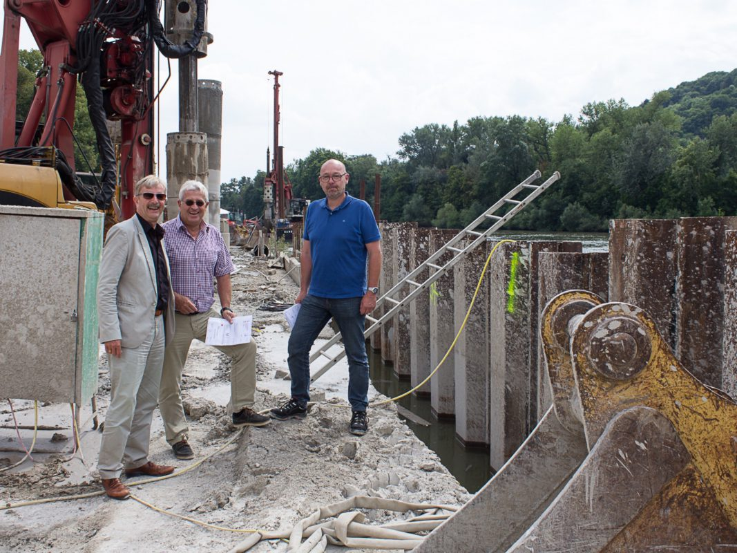 Stadtbaurat Professor Christian Baumgart, Tiefbau-Chef Jörg Roth und Bauingenieur Edwin Popp. Foto: Claudia Lother