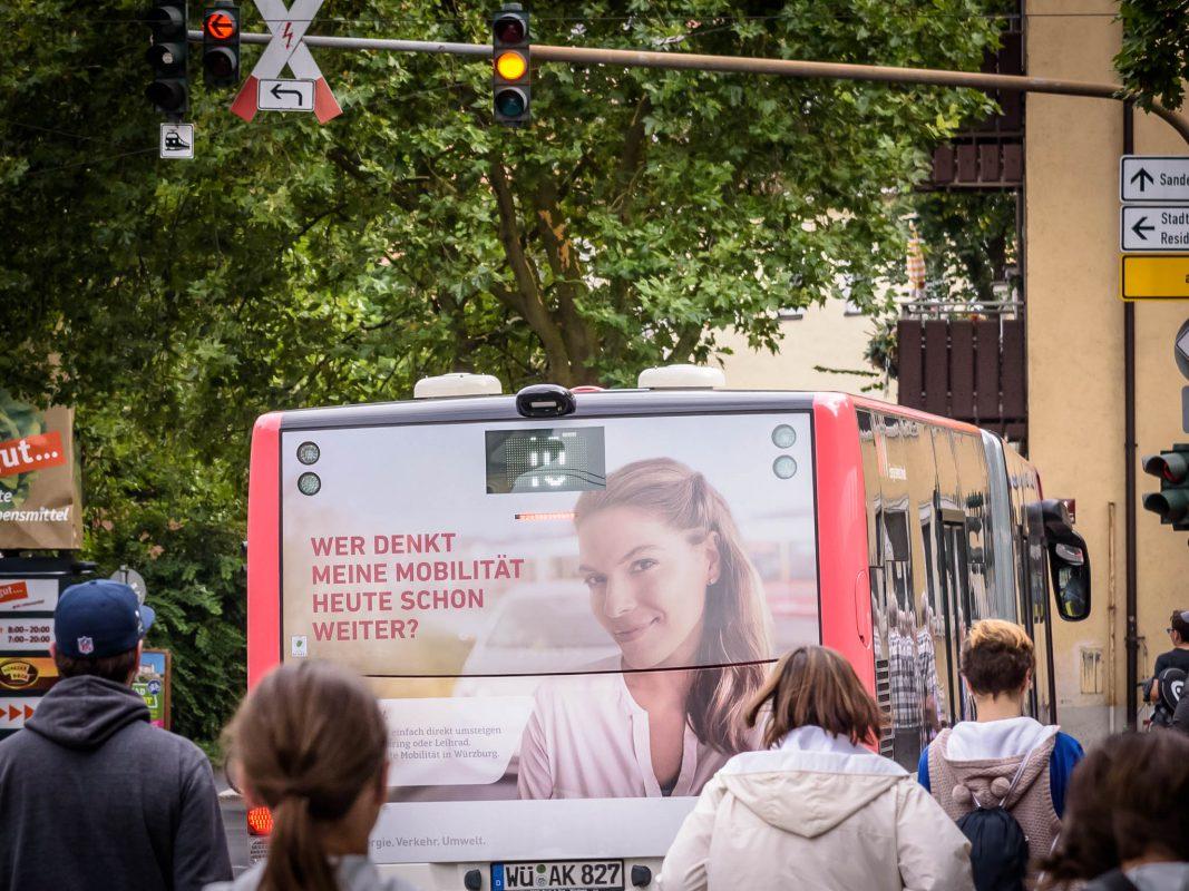 Bus der Linie 10 in Würzburg. Foto: Pascal Höfig