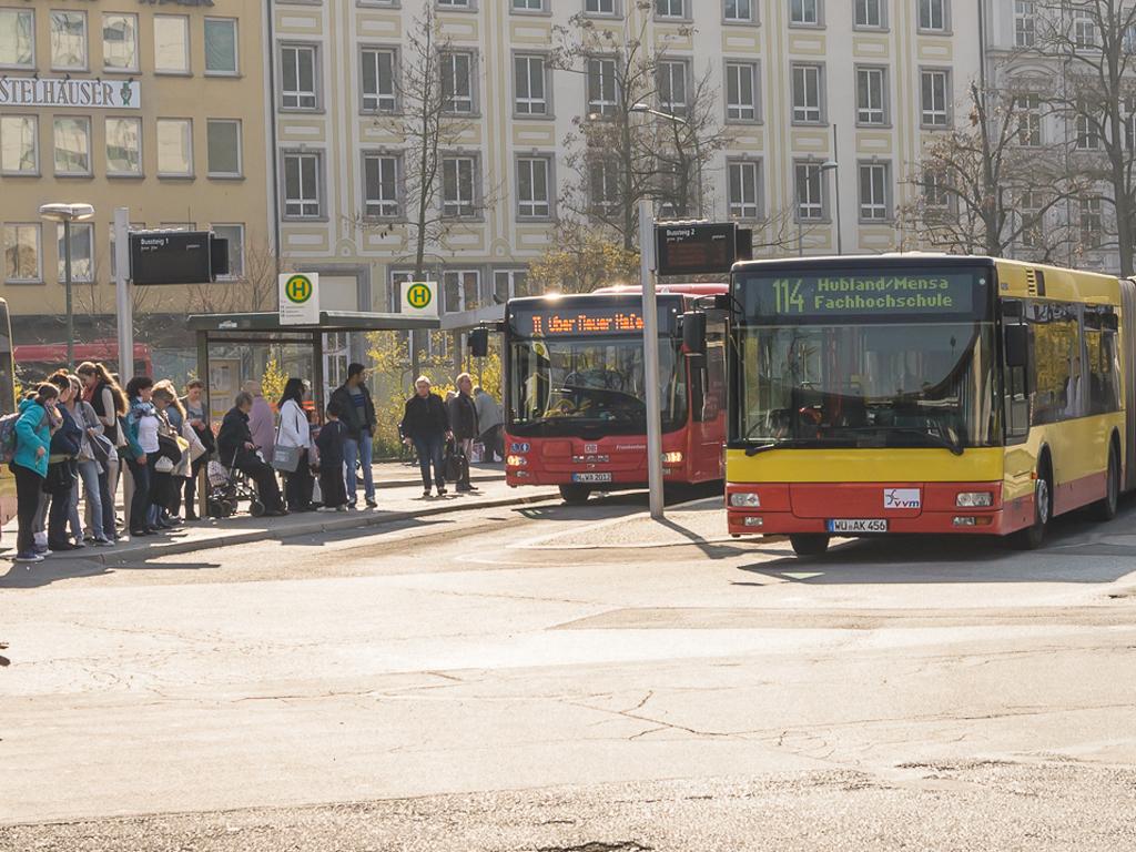 Busverkehr in Würzburg. Symbolbild: Pascal Höfig