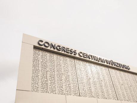 Das Congress Centrum Würzburg erstrahlt in neuem Glanz. – Foto: Pascal Höfig