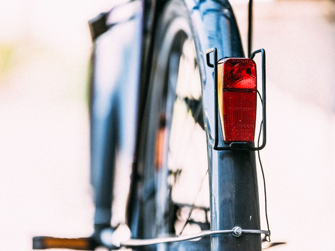 Die Verteilung von Prospekten erfolgt per Fuß oder Fahrrad, das ist umweltfreundlich. Foto: Papay Landois GmbH