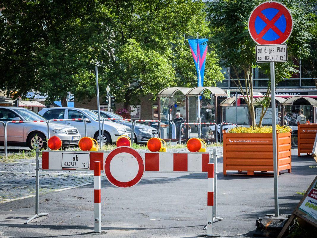 Parkverbot auf dem Kardinal-Faulhaber-Platz. Foto: Pascal Höfig