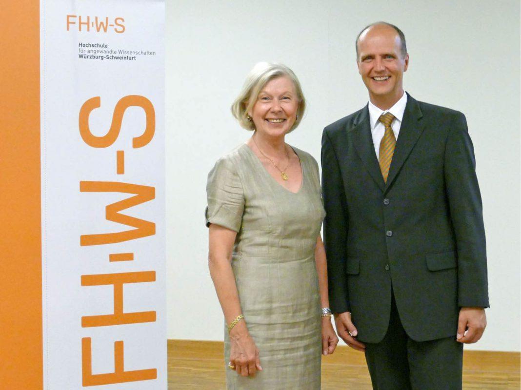 Die Vorsitzende des Hochschulrates, Gudrun Grieser und der Präsident, Robert Grebner. Foto: FHWS Würzburg-Schweinfurt
