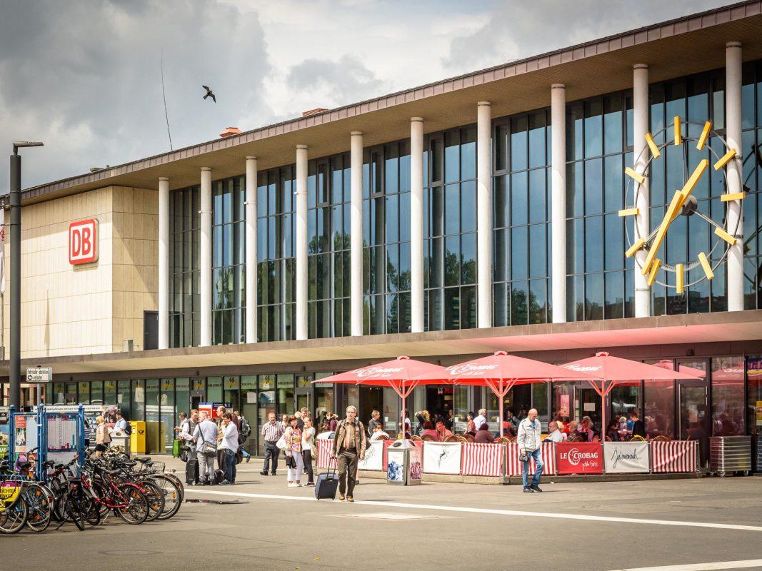 Der Bahnhofsvorplatz. Foto: Pascal Höfig
