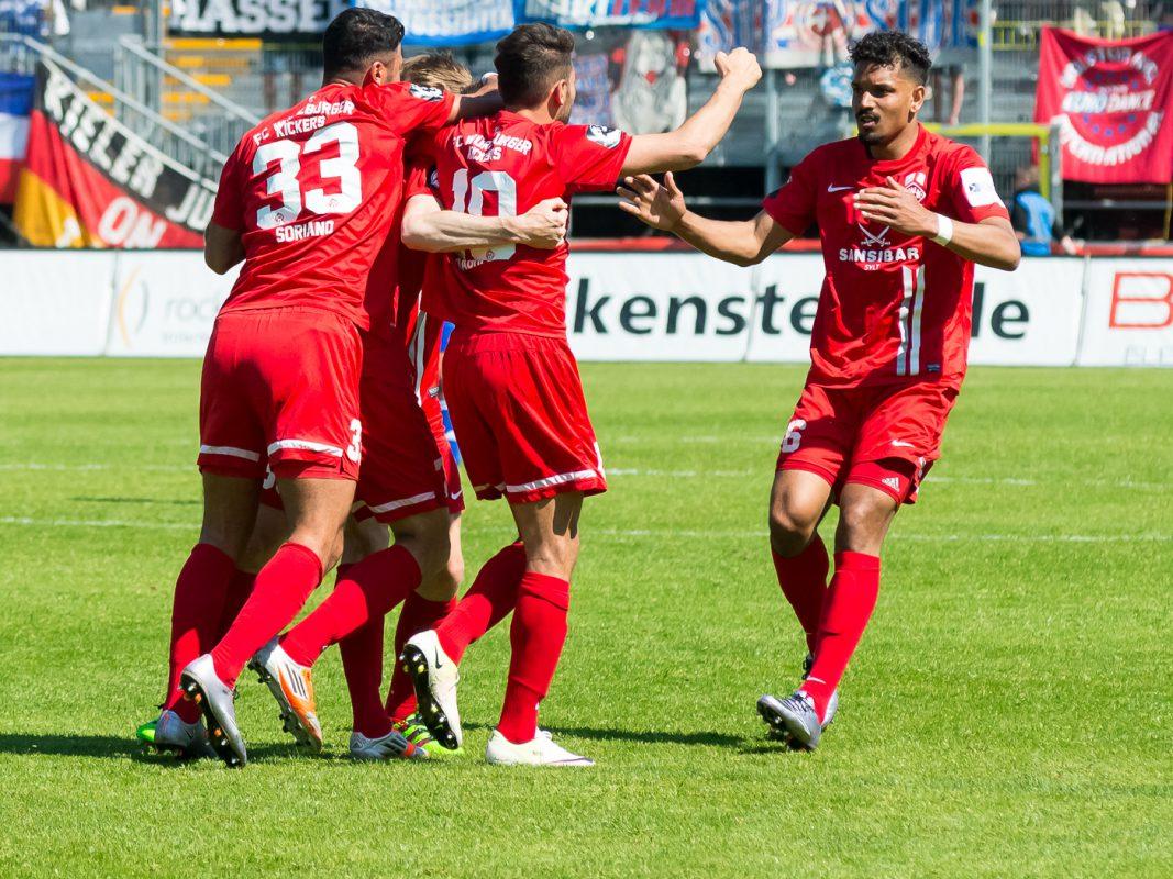 Jubel bei den Würzburger Kickers - Foto: Pascal Höfig