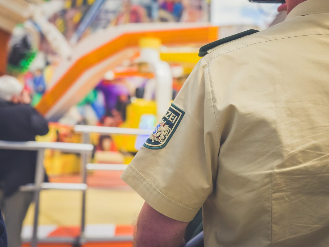 Polizei auf dem Talavera- Festplatz - Foto: Pascal Höfig