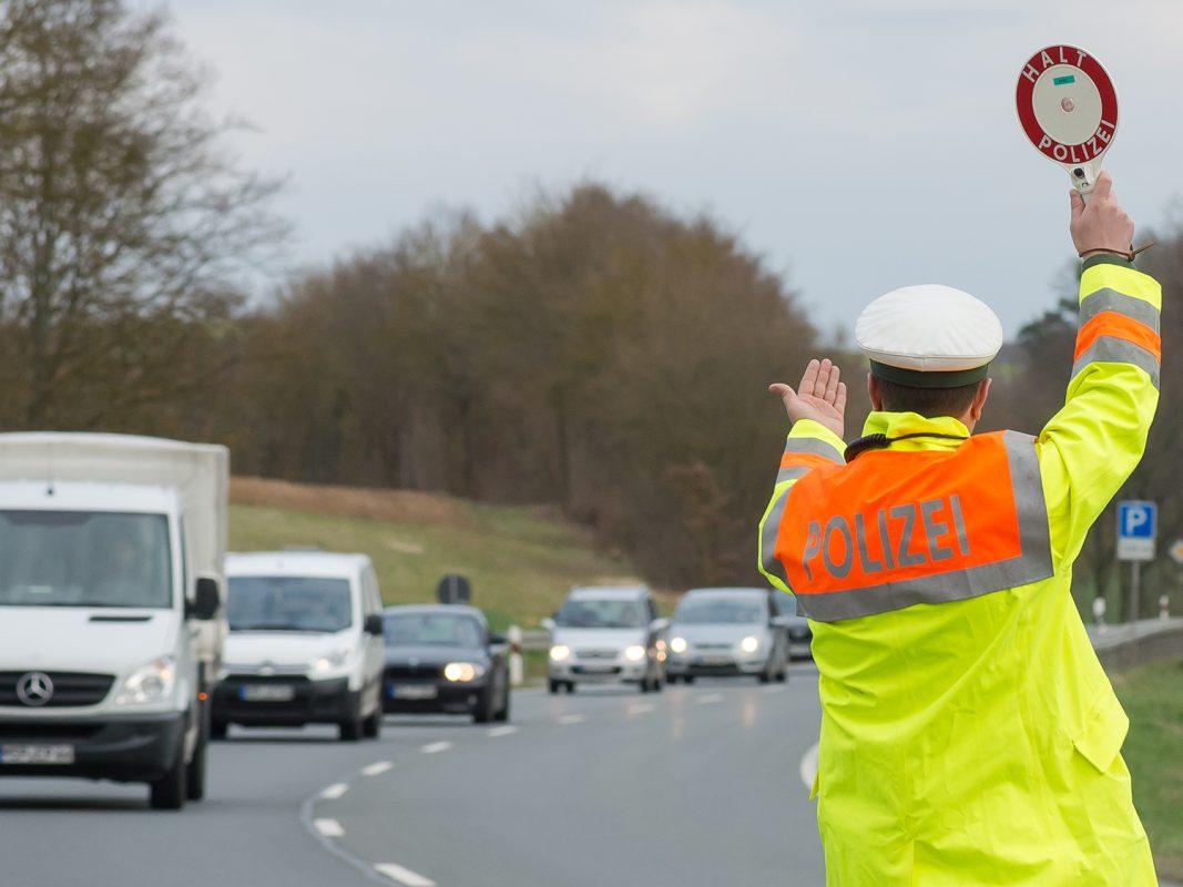 Verkehrskontrolle der Polizei - Foto: Pascal Höfig