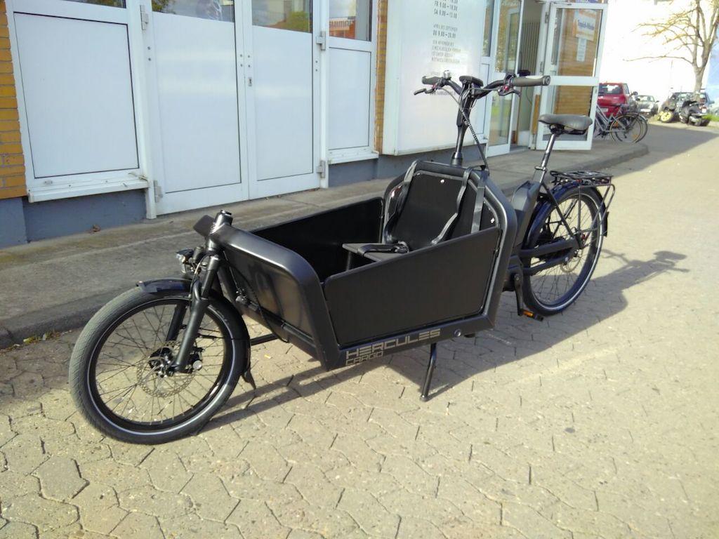 Neues Lastenrad sucht Namen. Foto: Freies Lastenrad Würzburg
