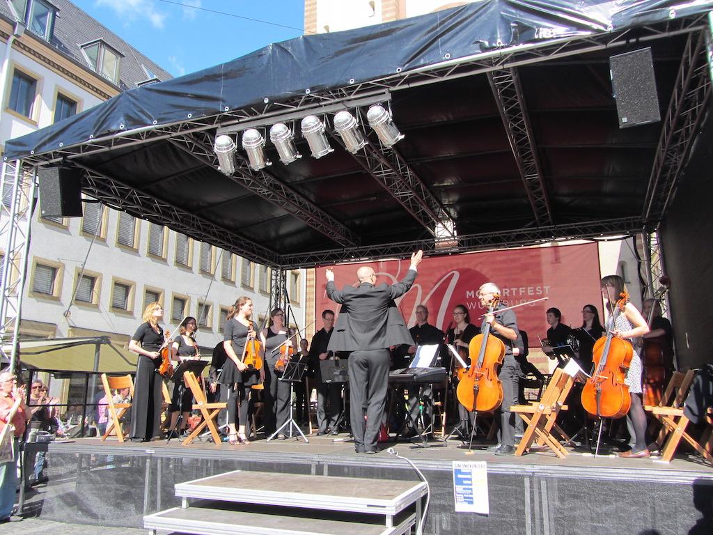 Am 23. Mai verwandelt sich die Würzburger Innenstadt in eine große Open-Air-Bühne – Foto: Mozartfest Würzburg