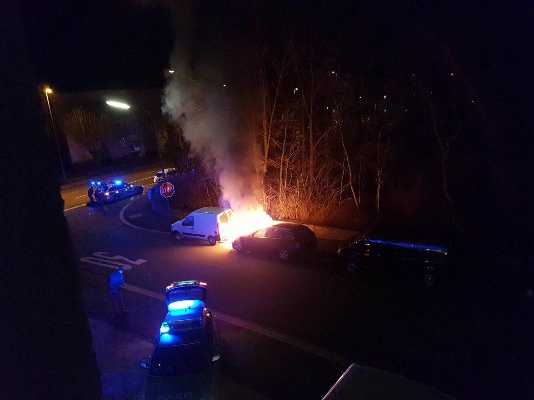 Pkw-Brand in der Schlörstraße. Foto: Sebastian Blatz