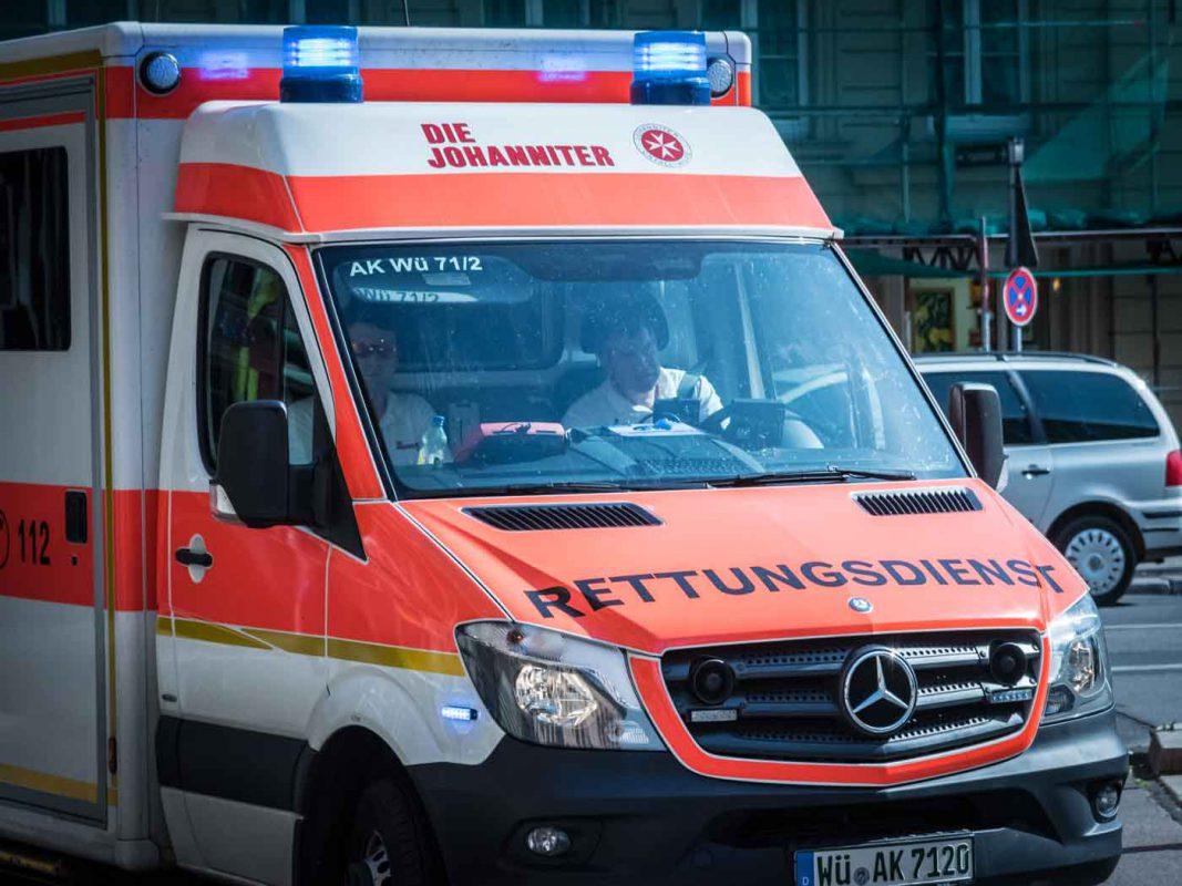 Rettungswagen im Einsatz. Foto: Pascal Höfig