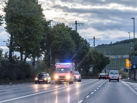 Rettungswagen zusammen mit Notarzt im Einsatz. Foto: Pascal Höfig