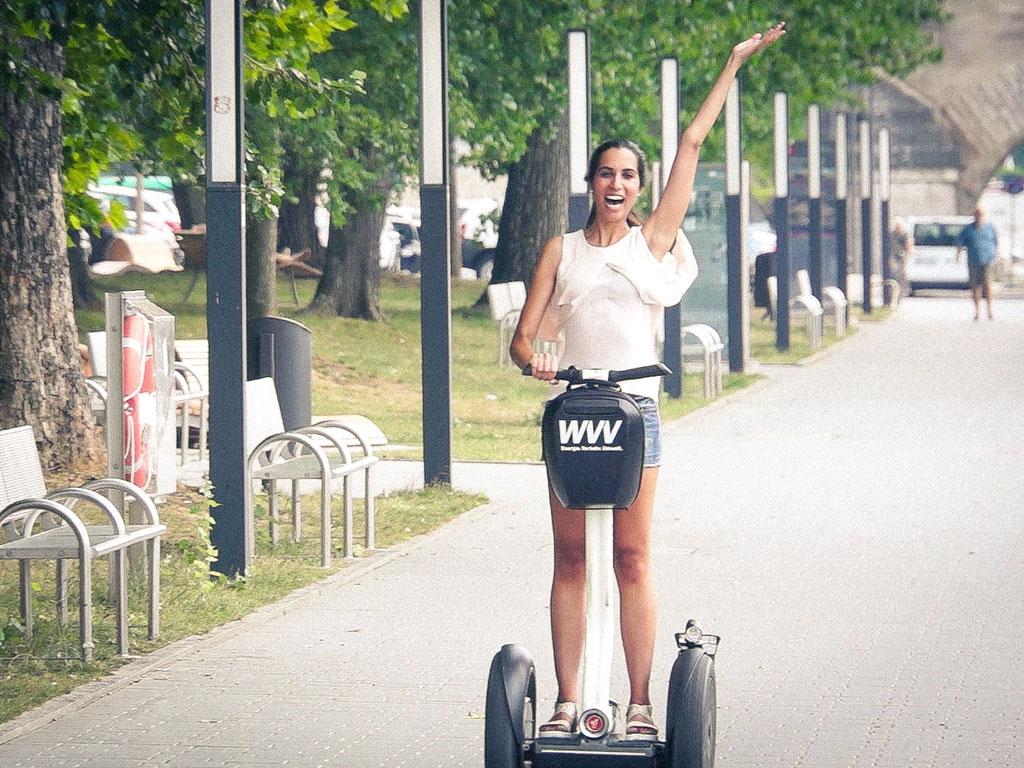 Am Klima Markt könnt Ihr im Rathausinnenhof Segways testen. Foto: Dominik Ziegler