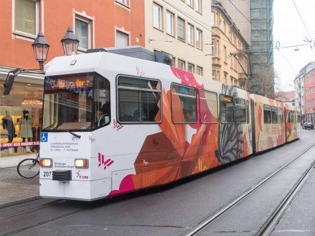 Straßenbahn in der Innenstadt - Foto: Pascal Höfig