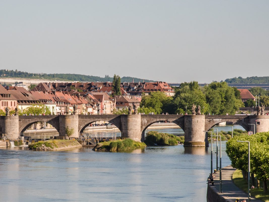 Die Alte Mainbrücke in Würzburg. Foto: Pascal Höfig
