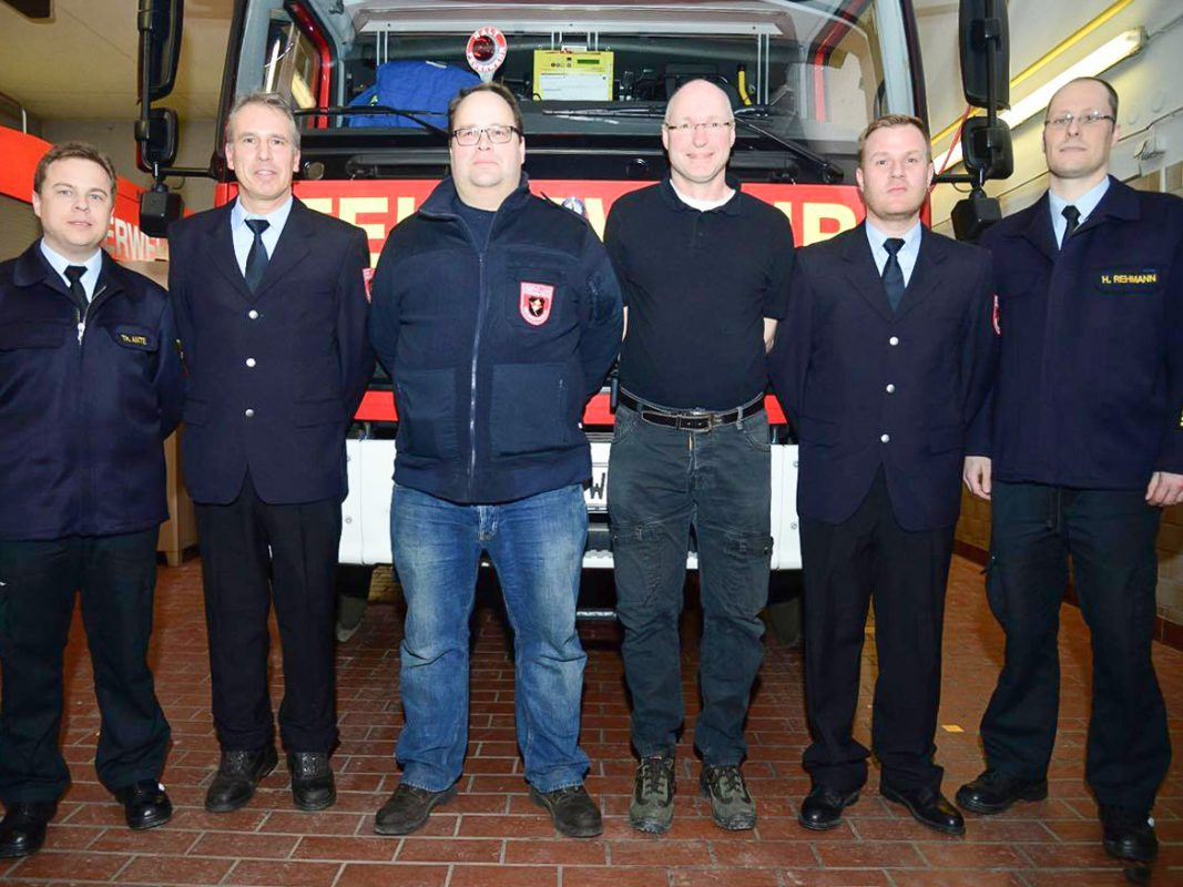Herzlichen Glückwunsch zum 1. Kommandant Andreas Bömmel und dem 2. Kommandant Stefan Kauf-Weiser - Foto: FF Unterdürrbach
