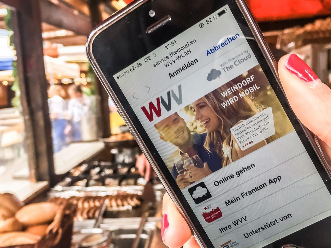 Kostenloses WLAN der WVV auf der Weinparade nutzen. Foto: Melissa Schnabel