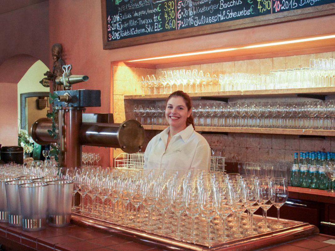 Weinzapfanlage der Weinstuben Juliusspital. Foto: Dominik Ziegler