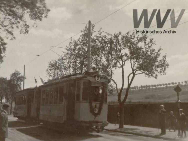 Eröffnung der Linie 3 in der Zellerau. Foto: Historisches Archiv der WVV