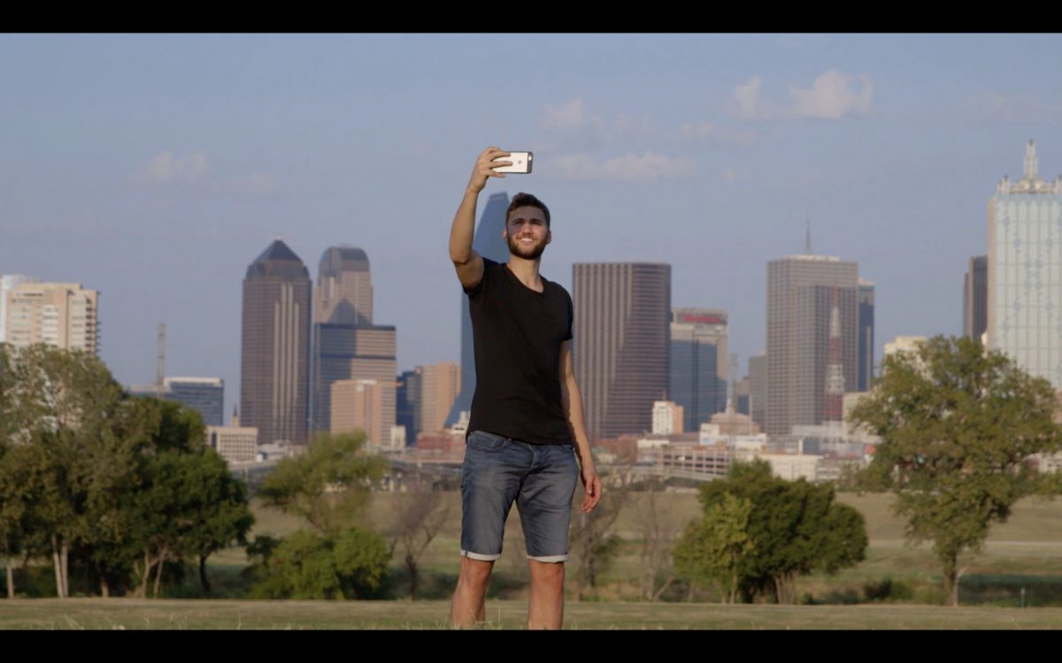 Maxi Kleber in Dallas. Screenshot: fortyone Magazin