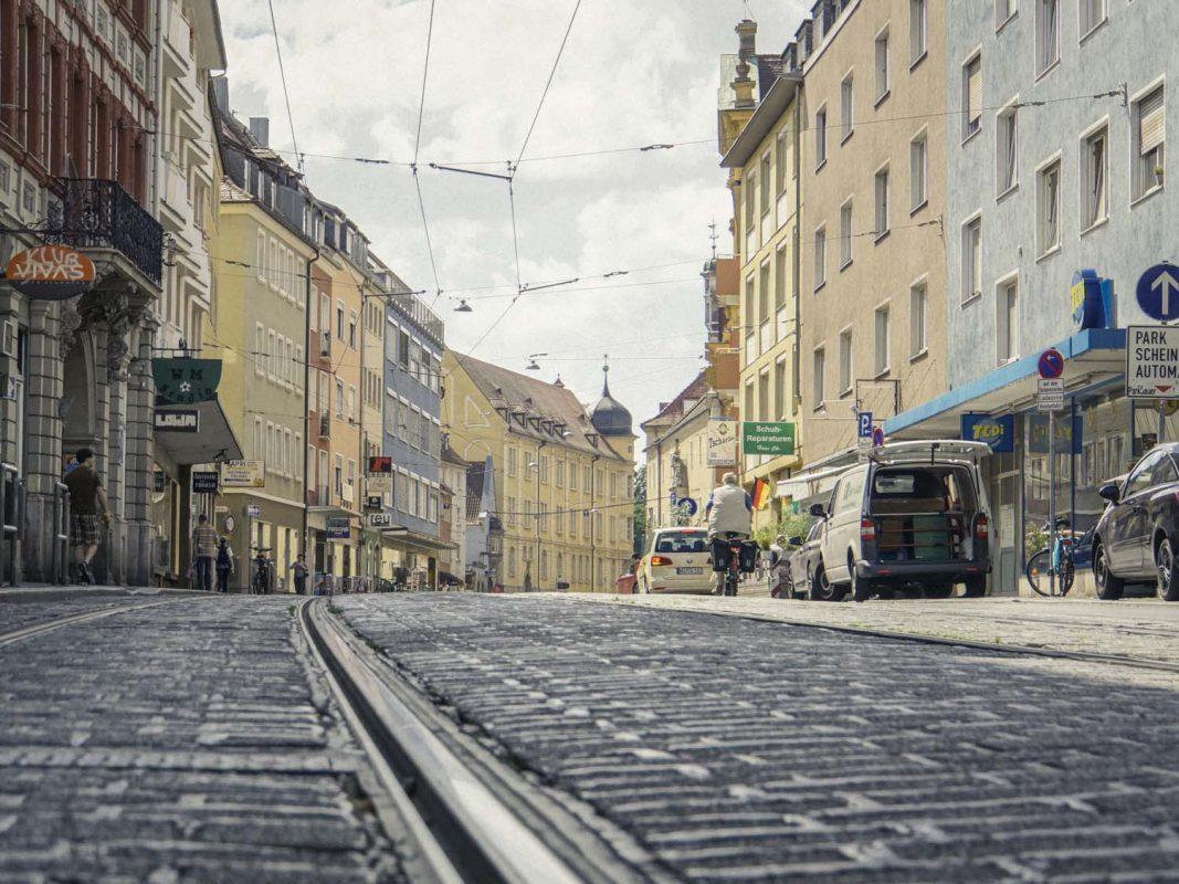 Straßenbahnschienen in der Sanderstraße - Foto: Dominik Ziegler