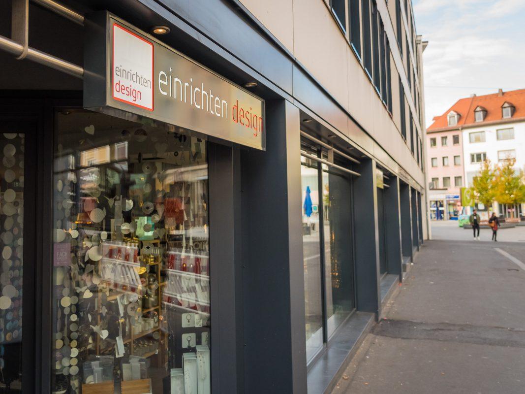 """Das neue Logo: Aus """"Citystore"""" wird """"einrichten design"""". Foto: Pascal Höfig"""