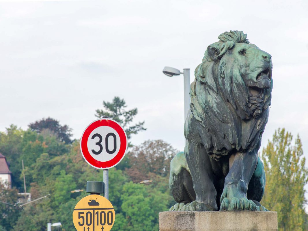 Tempo 30-Zone an der Löwenbrücke. Foto: Pascal Höfig