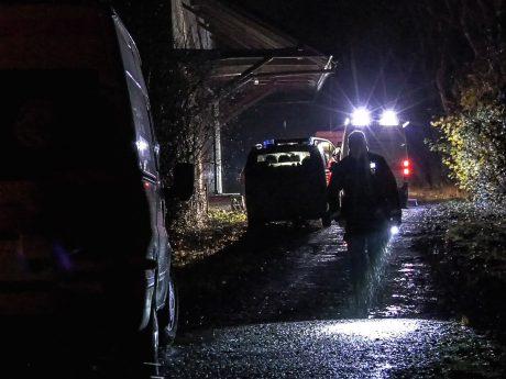 Einsatzkräfte bei der Suche nach den vermissten Kindern in Oberdürrbach. Foto: Pascal Höfig