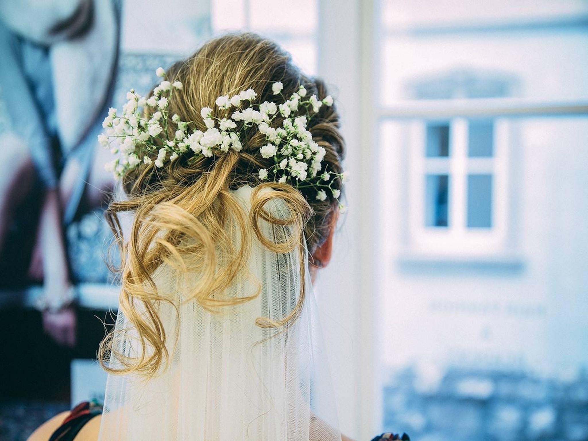 Brautfrisuren Trends Tipps Fur Den Schonsten Tag Im Leben