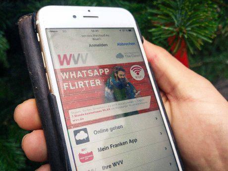 Kostenloses WLAN der WVV auf dem Weihnachtsmarkt nutzen. Foto: Dominik Ziegler
