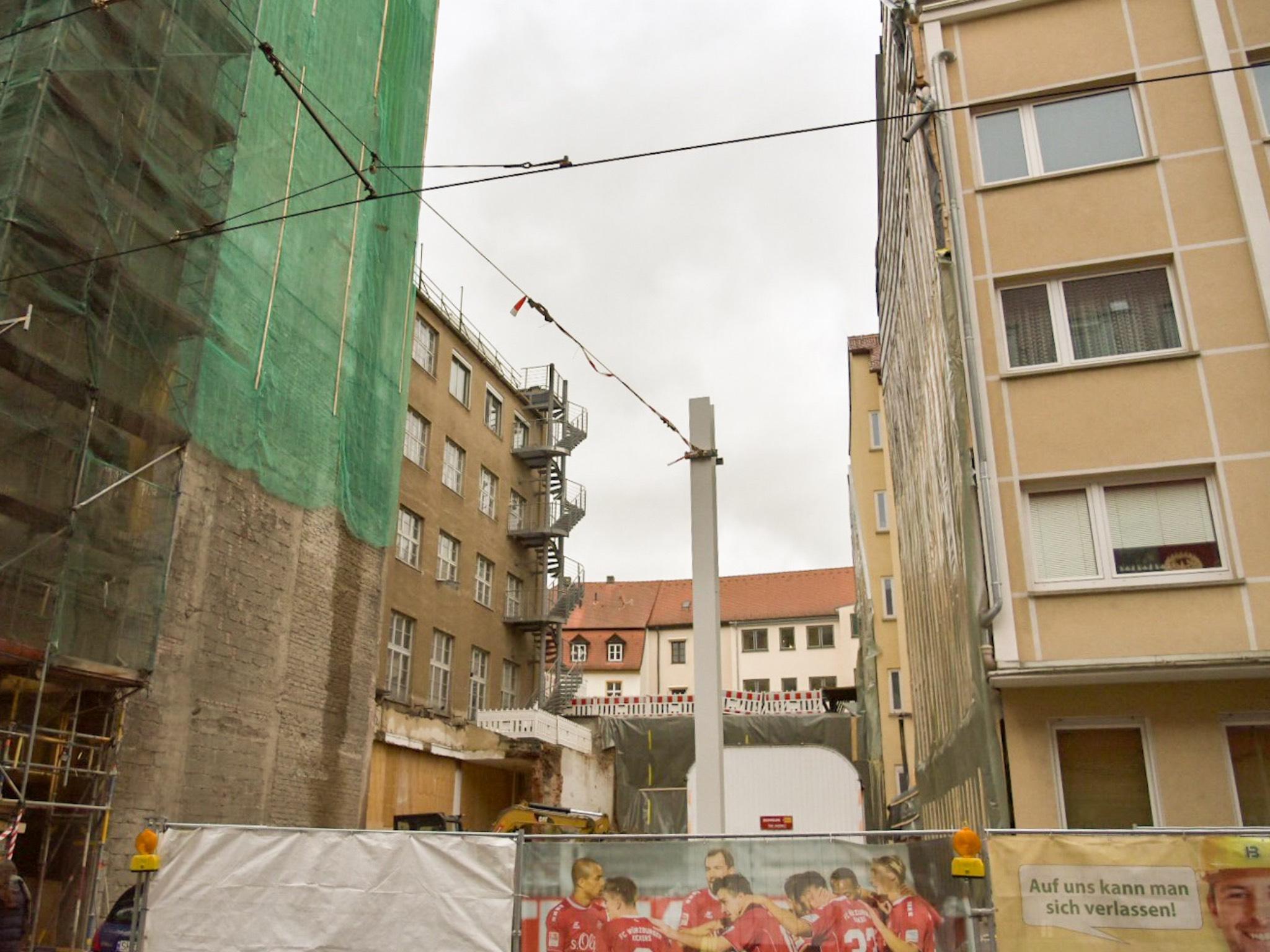 Neben dem Ämterhochhaus klafft eine Lücke. Foto: Pascal Höfig