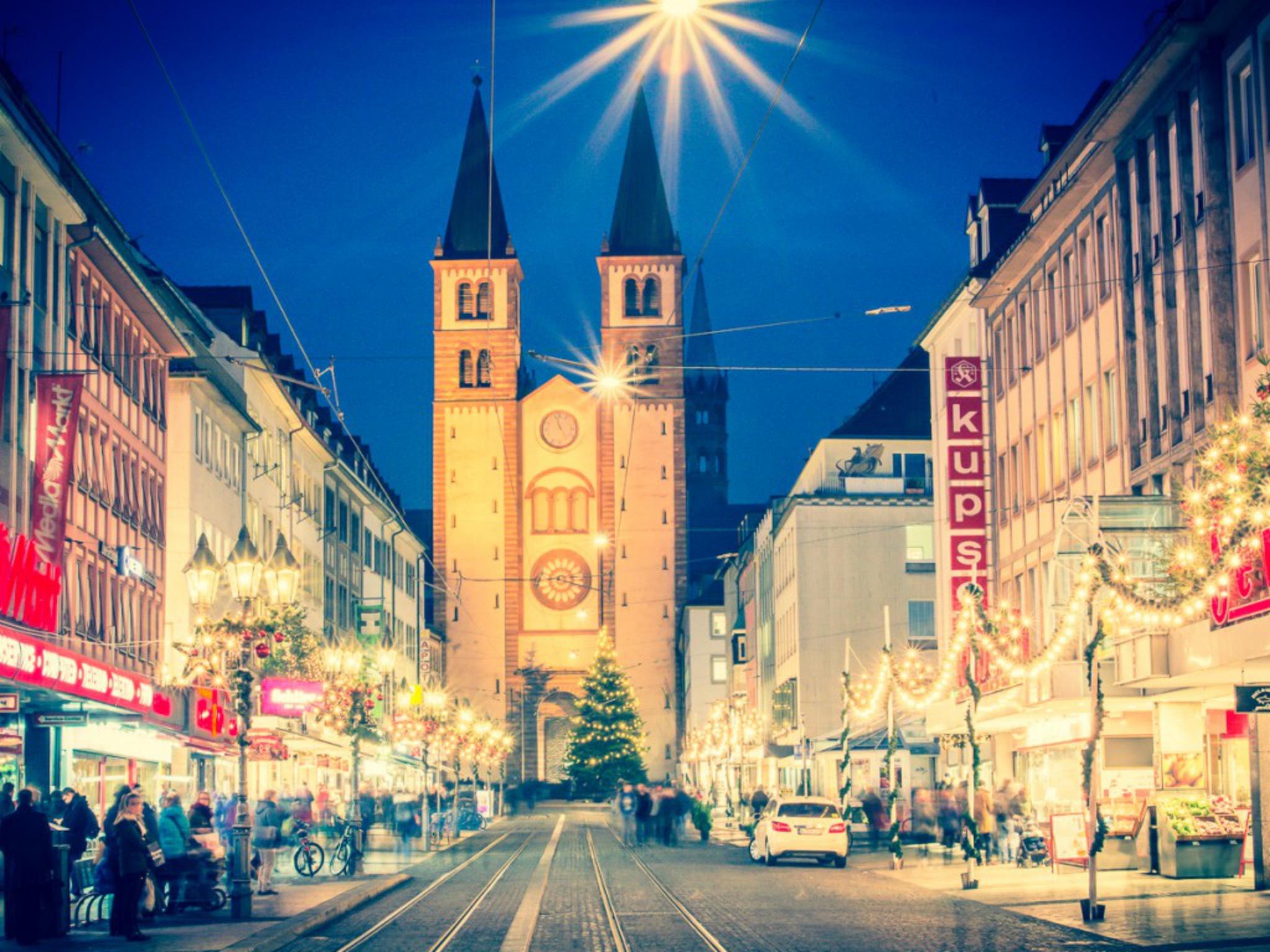 Die Domstraße zur Weihnachtszeit. Foto: Psscal Höfig
