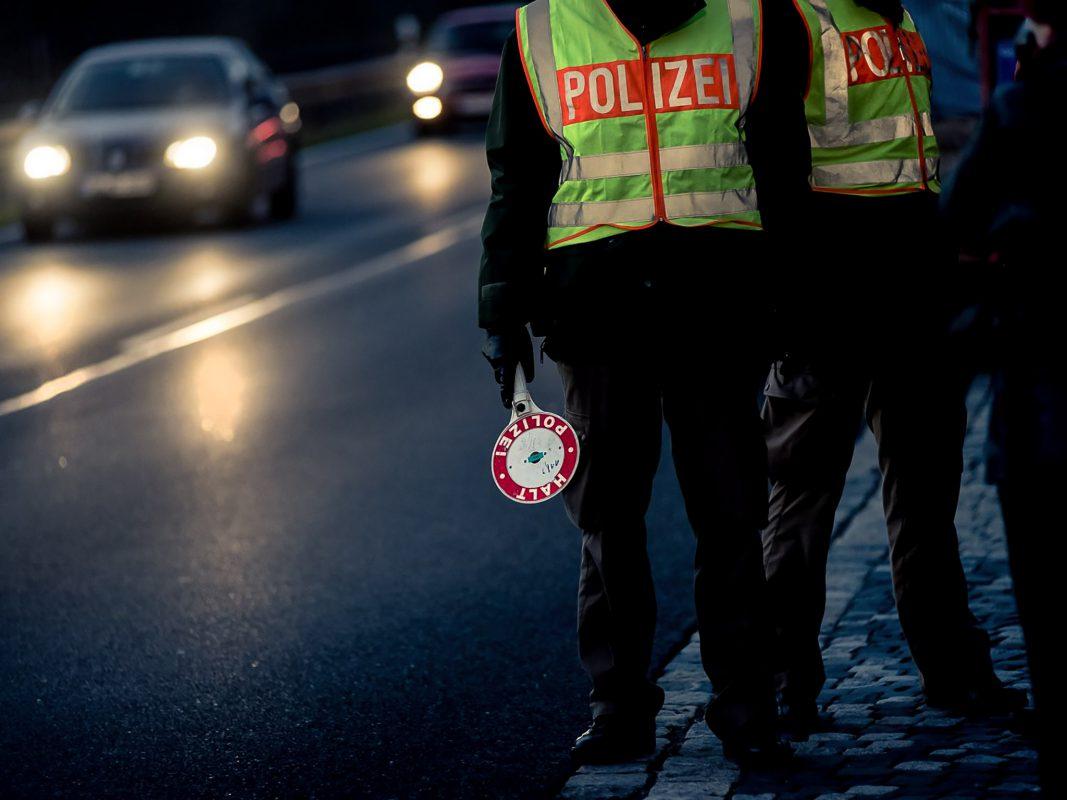 Verkehrskontrolle der Polizei. Symbolfoto: Pascal Höfig