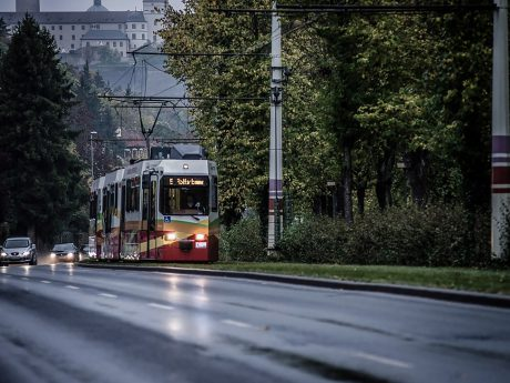 Die Straßenbahn in Würzburg. Symbolfoto: Pascal Höfig
