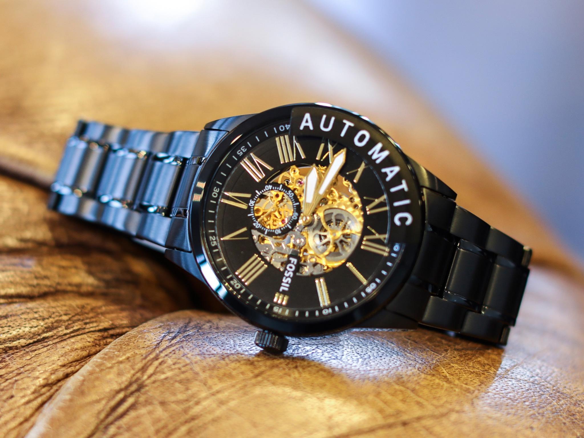 Schöne Armbanduhr von Fossil. Foto: Wertheim Village