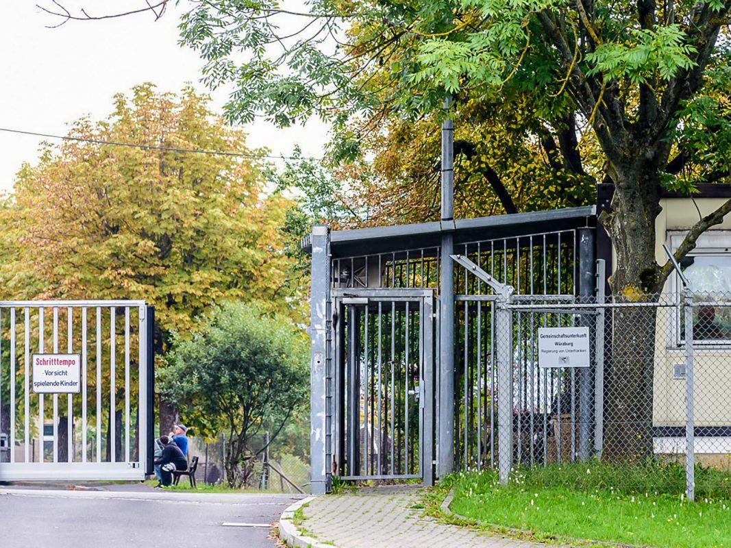 Die Gemeinschaftsunterkunft für Asylbewerber in der Veitshöchheimer Straße. Foto: Pascal Höfig