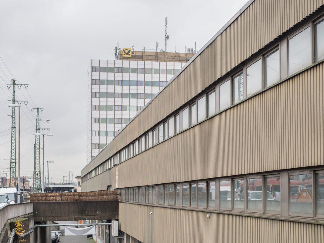 Die Posthallen am Hauptbahnhof Würzburg. Foto: Pascal Höfig