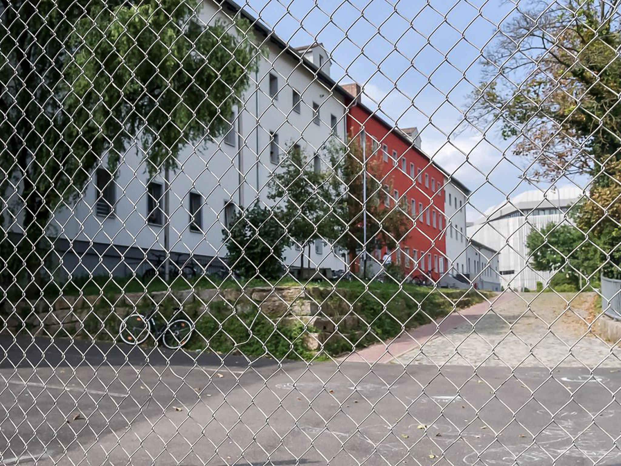 Die Gemeinschaftsunterkunft für Asylbewerber in Heidingsfeld. Foto: Pascal Höfig