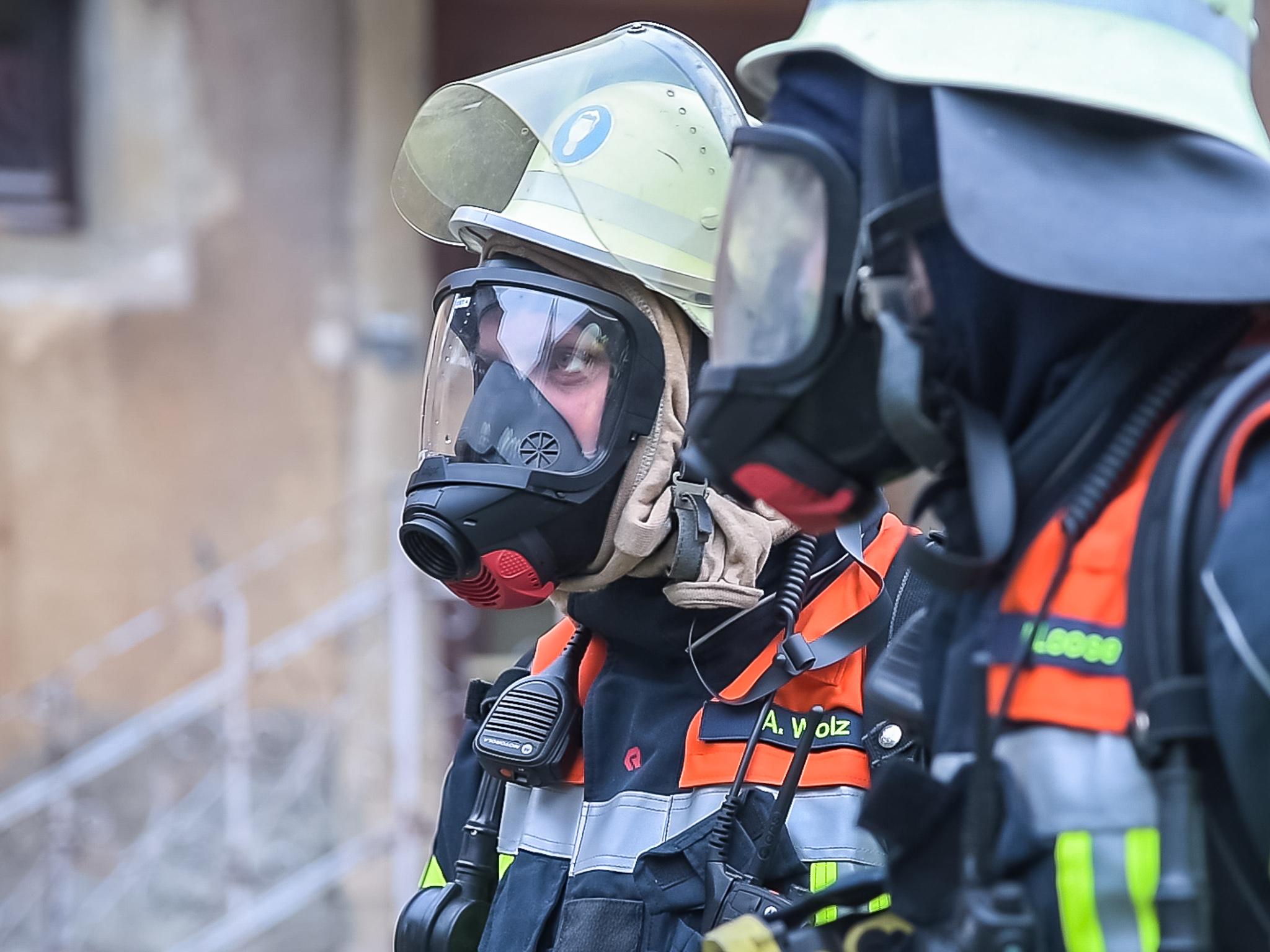 Ein Großaufgebot der örtlichen Feuerwehren bekämpften den Brand Foto: Pascal Höfig