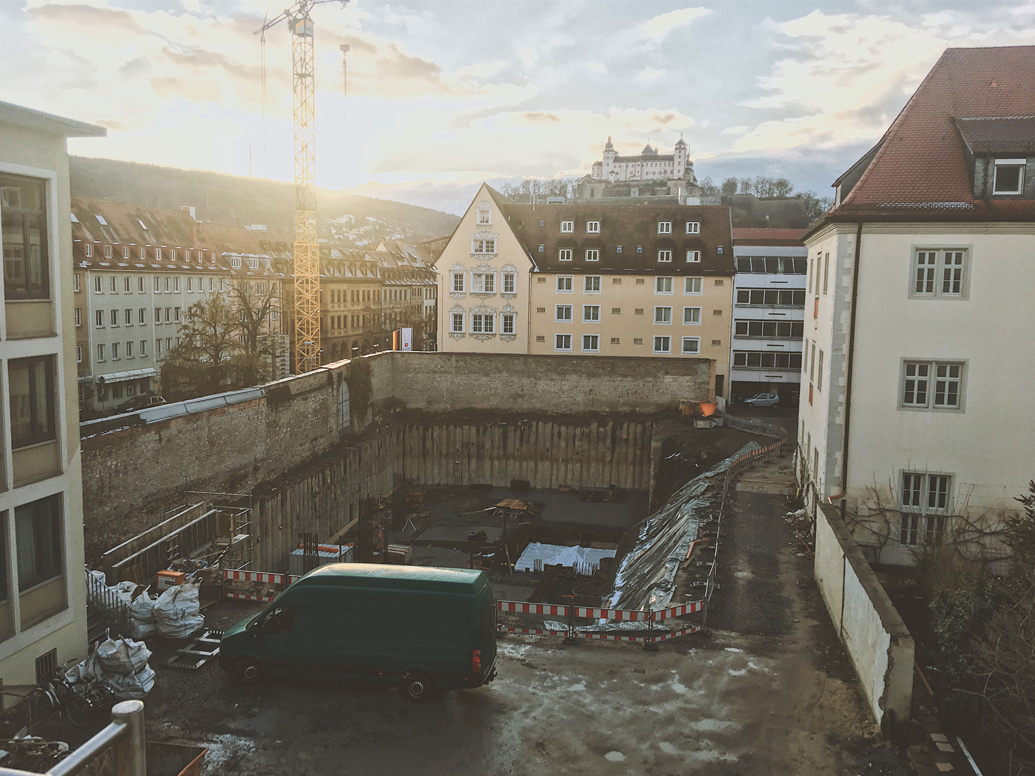 Die Baugrube am Rebstock/Valentinum. Foto: Pascal Höfig