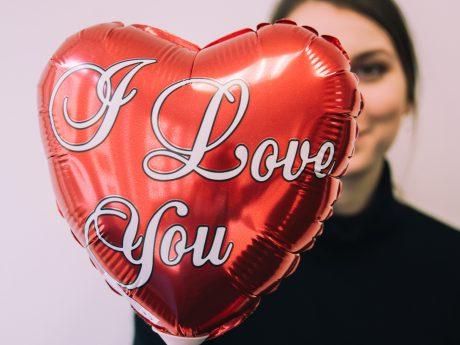 Valentinstag. Symbolfoto: Anja Reichert / Barbara Duna