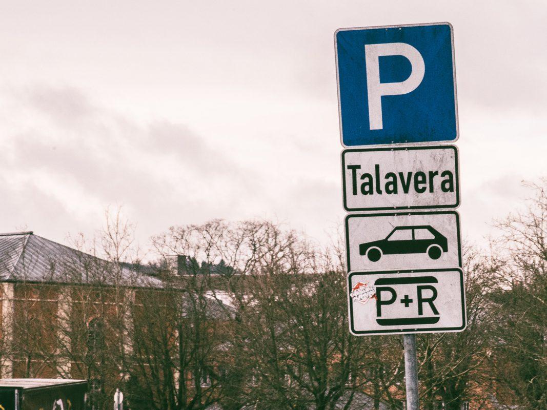 Der Parkplatz an der Talavera in Würzburg. Foto: Pascal Höfig